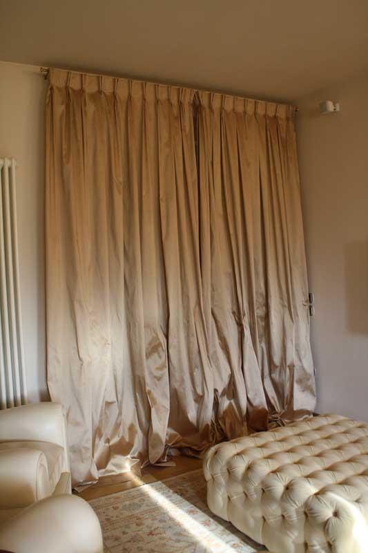 Tappezzeria tendaggi panaroni fano tende per interni for Tende doppie per interni